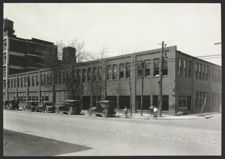 Stearns Automobile Factory 1939 CP02758